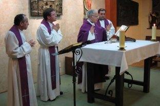 Teologado Ávila Misa Obispo Zamora D. Gregorio.jpg